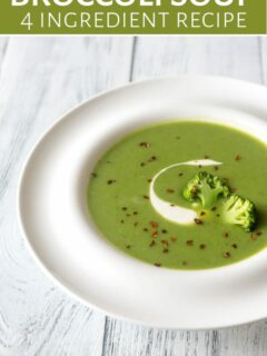 Brocolli soup in bowl