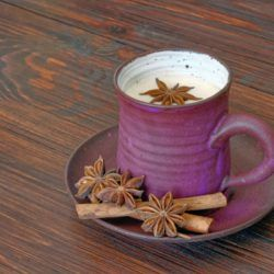 Two ways to make chai latte at home