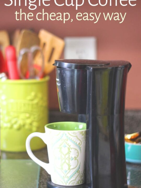 Single cup coffee maker on kitchen counter