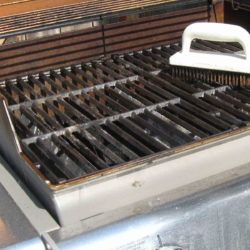 How to Clean a Grill: 12 Tips