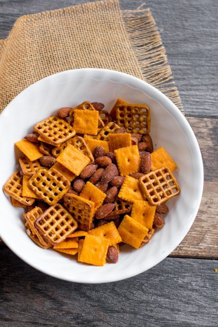 Five Minute Cheddar Smokehouse Snack Mix