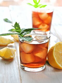 Southern Sweet tea in glasses with ice and mint